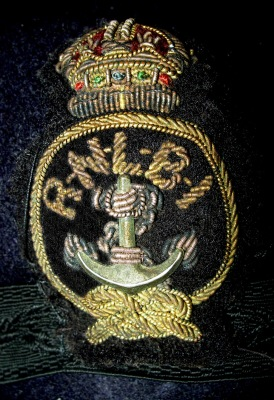 lr RNLI cap badge for coxswain